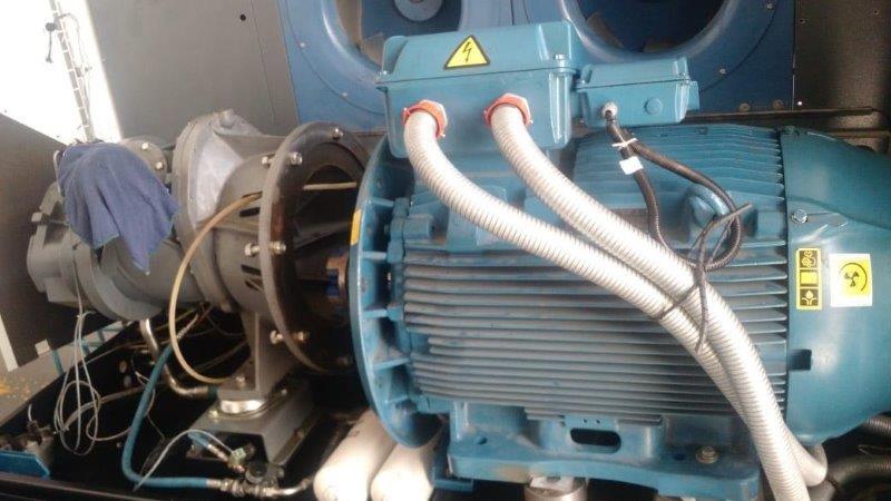 Compressor de parafuso com secador integrado
